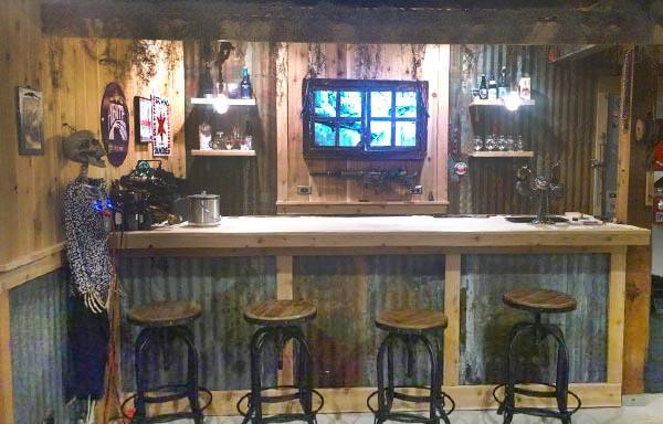 Dan Hoffman's Swamp Bar & Brewery